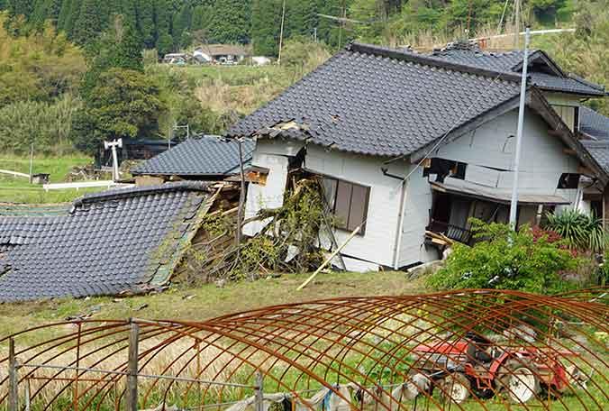 地震直後の南阿蘇
